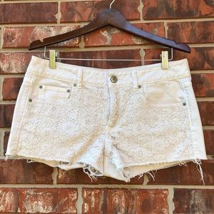 American Eagle | Cutoff Crochet Front Shorts 12